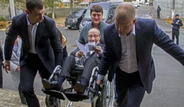 Ахметов, Кернес, Труханов и остальной холуятник спешно подчищают хвосты — нардеп Лещенко