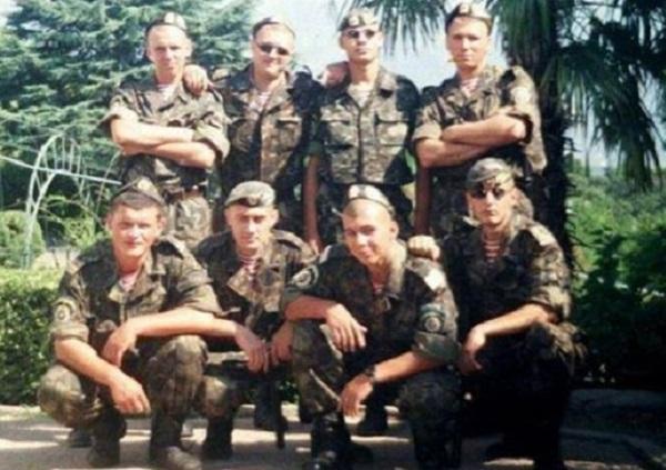 Как главарь ДНР служил в Нацгвардии Украины(ФОТО)