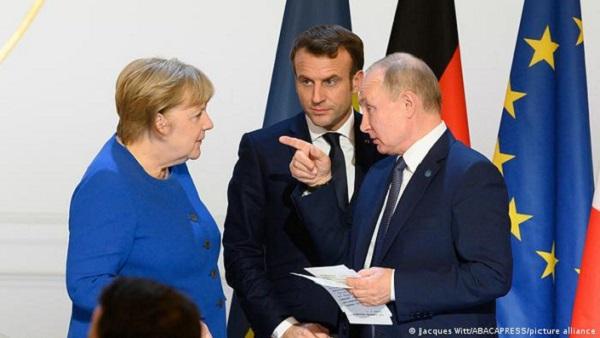 Инициатива Меркель и Макрона о возобновлении переговоров с Путиным провалилась — Die Welt