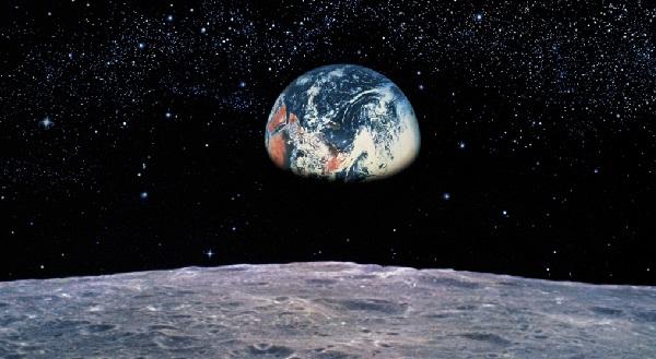 Когда обычные люди смогут полететь на Луну?