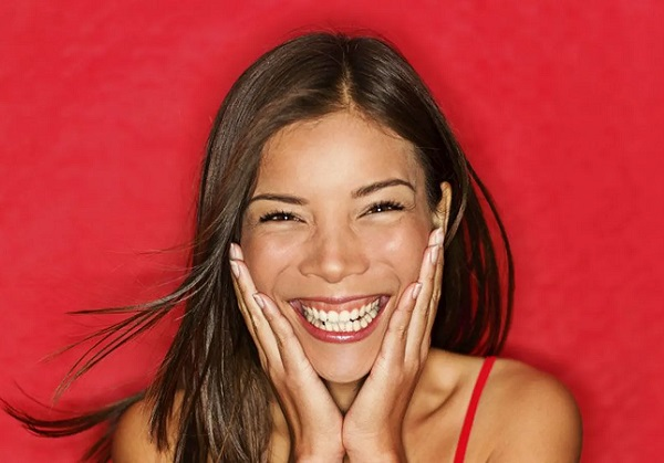 Смех без причины - признак дурачины, или... Почему мы смеемся, когда это неуместно и почему это так заразно?